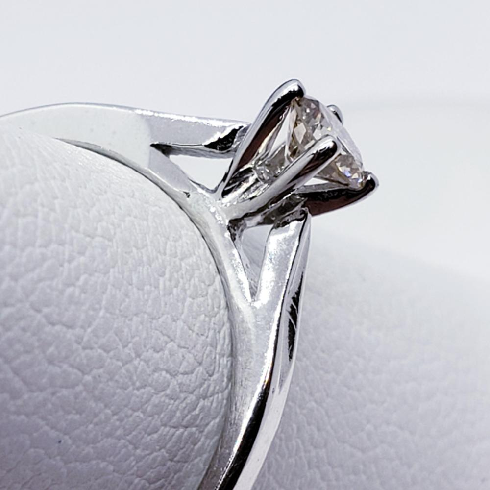 Certified 14K Diamond (I1)(0.23ct) Ring