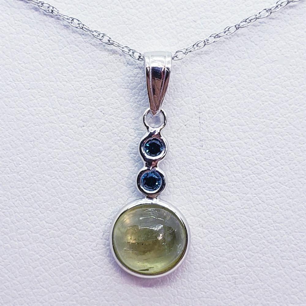 14K Color Changing Sultanite(1.6ct) Blue Diamond(0.08ct) Necklace