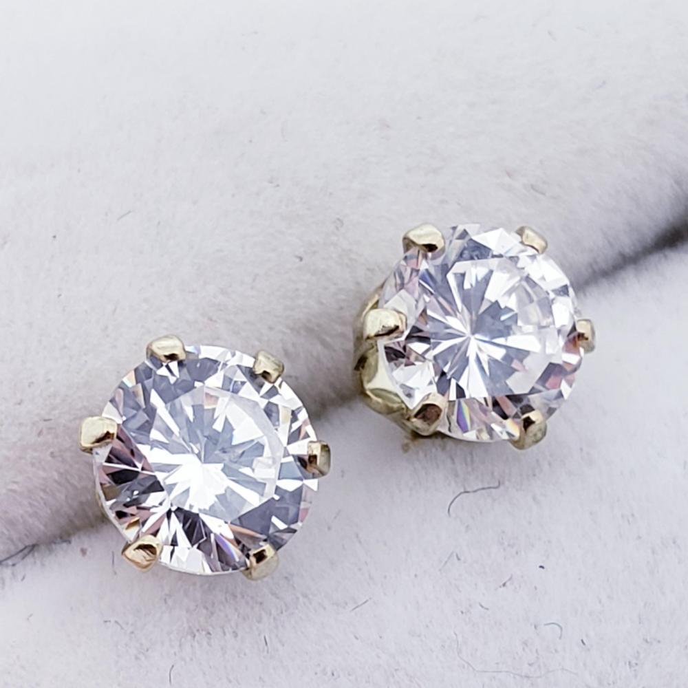 10K Cz (6 Claw Setting) Earrings