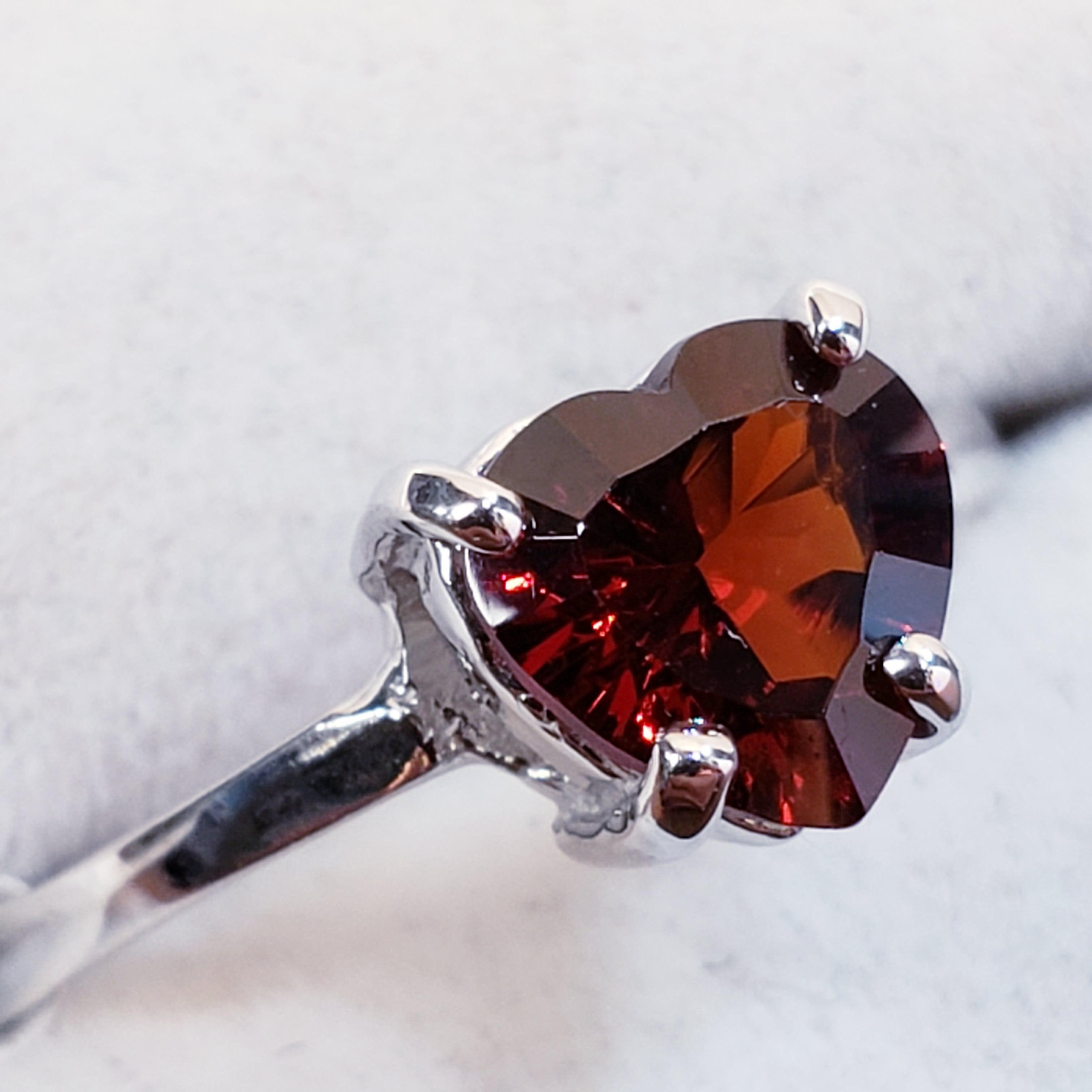 Certified 10K Garnet(1ct) Ring