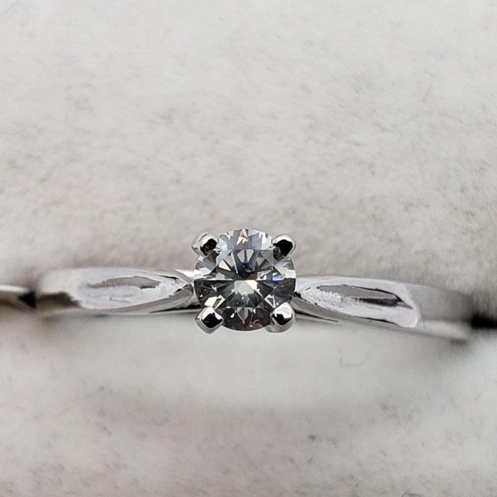Certified 14K Diamond (I2)(0.18ct) Ring
