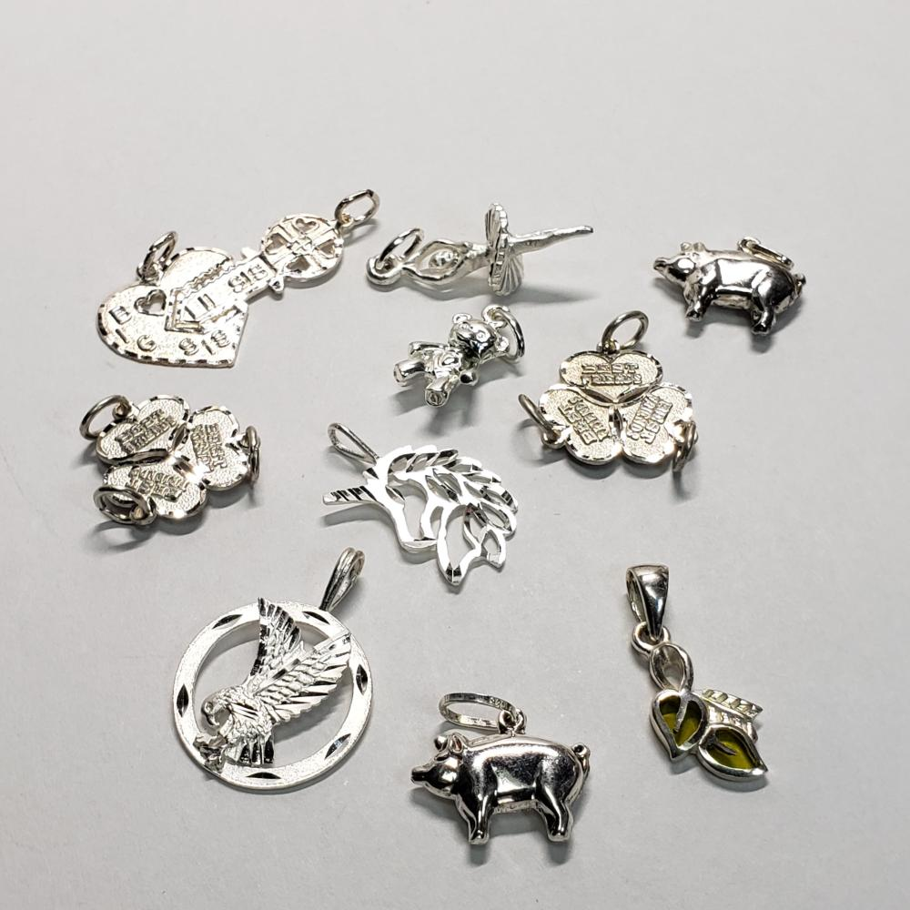 Silver 8 Kinds Of Different Styles Pendant