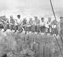 Construction Workers Lunching on a Crossbeam, 1932