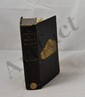 MATHEWS (Charles Edward). The Annals of Mont Blanc. A Monograph. Londres, T. Fisher Unwin, 1898. Fort volume in-8, toile gris bleu, motif de montagne doré sur le premier plat, dos lisse, non rogné (Reliure de l'éditeur).