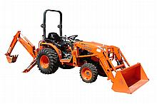 2007 Kubota Tractor / Loader, Model# B3030 and LA 40B Loader, 30Hp, 4 Cylinder Diesel Engine, 160 Hrs, 4 Wheel Drive, AG Tires, Powe...