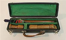 Baroque alto recorder by Dushkin, wood; condition: good; with straight windway, white tooth-block guard; with swab and fitted hard case