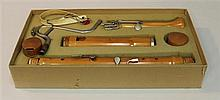 Baroque f-bass recorder by Moeck, wood; condition: good; neck-strap, three-part body plus two caps and bocal with spit-valve; keys (...