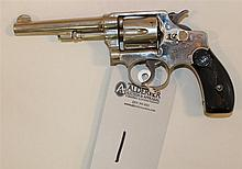 Smith & Wesson Hand Ejector double action revolver. Cal. 32 S&W. 4-1/4