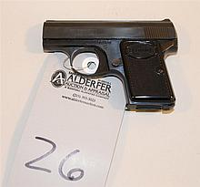 Browning Baby semi-automatic pistol. Cal. 6.35 mm. 2