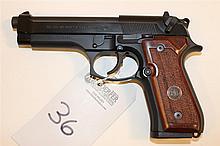 Beretta M9 semi-automatic pistol. Cal. 9 mm. 5