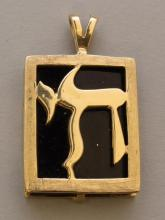 Gold Pendant with Onyx