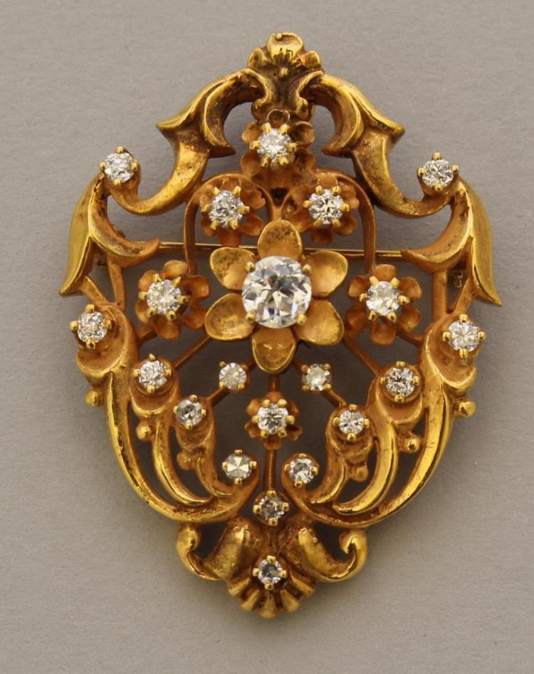 Gold Pin/Pendant with Diamond