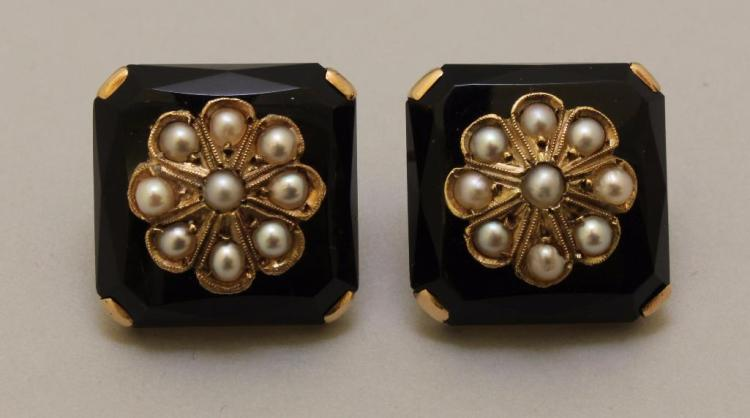 Gold Earrings with Onyx and Pearl