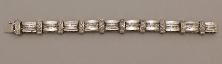 Gold Panel Bracelet with Diamond