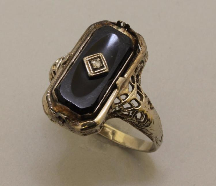 Gold Ring with Onyx, Cameo and Diamond