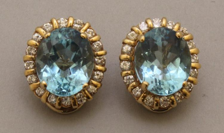Gold Earrings with Blue Topaz and Diamond