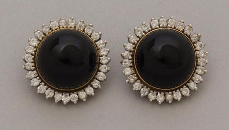Gold Earrings with Onyx and Diamond