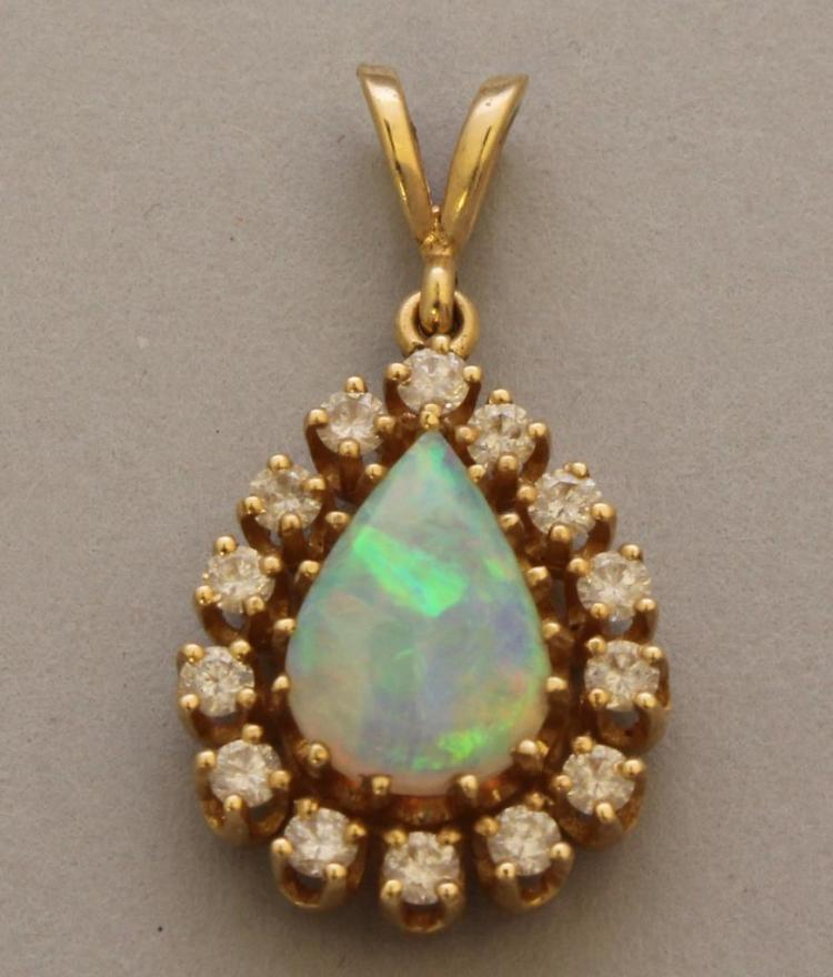 Gold Pendant with Opal and Diamond