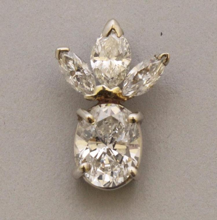 Gold Pendant with Diamond