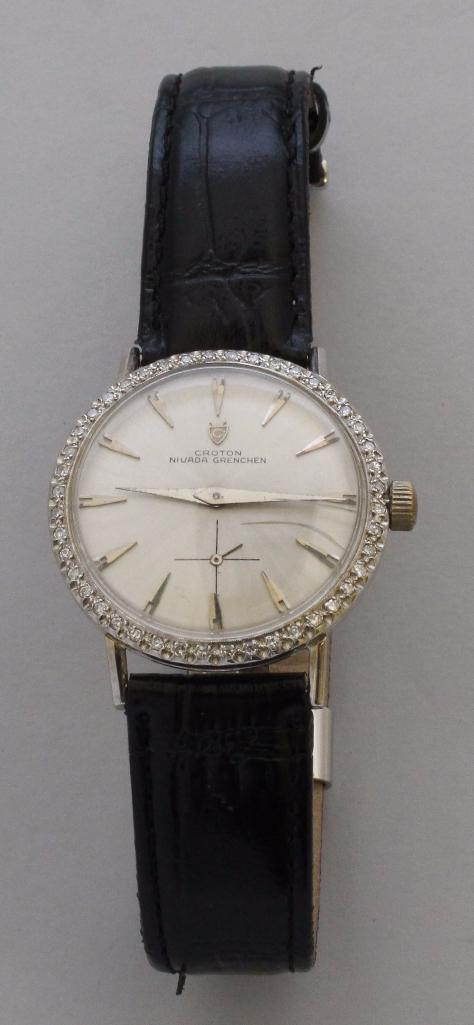 Croton Nivada Grenchen Gold Wristwatch