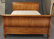 Ethan Allen Pine Queen Size Sleigh Bed 45 1/2