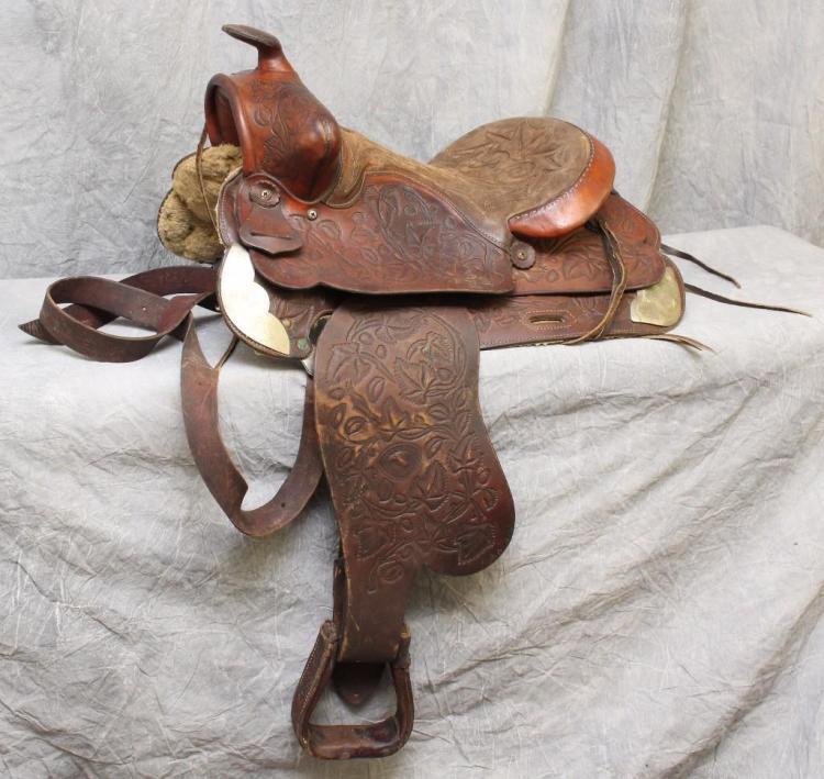 Hereford Brand Tex Tan Yoakum Western Saddle