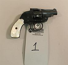 H&R Arms Company top break double action revolver. Cal. 32 S&W. 2