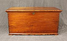 Dovetailed Blanket Chest, Pine, 19