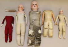 BODY PARTS: LOT OF ANTIQUE BISQUE HEAD DOLLS, FELT AND LEATHER BODIES.