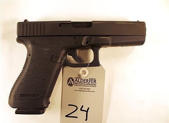 "Glock 20 semi-automatic pistol. Cal. 10 mm. 4-1/2"" bbl. SN UK873US. Matte finish on slide, polymer frame, excellent bore, 1 - 10 rou..."