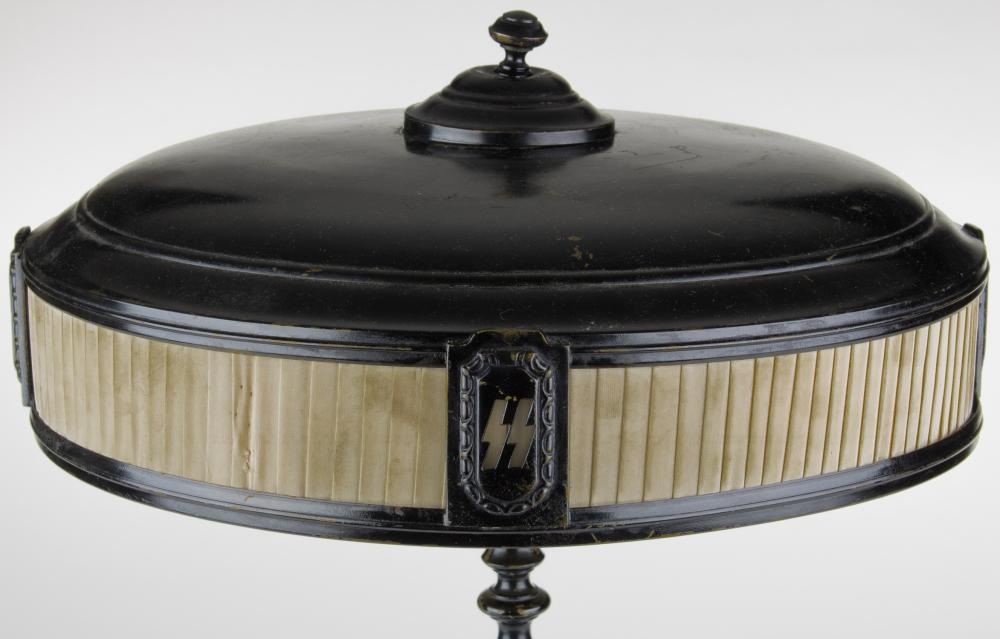 SS OFFICER'S TABLE LAMP