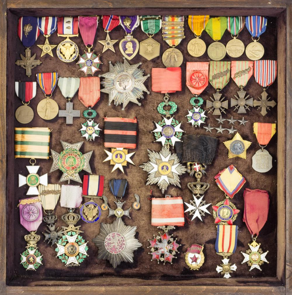 GEN. CLARENCE R. HUEBNER'S BADGE AND MEDAL GROUPING