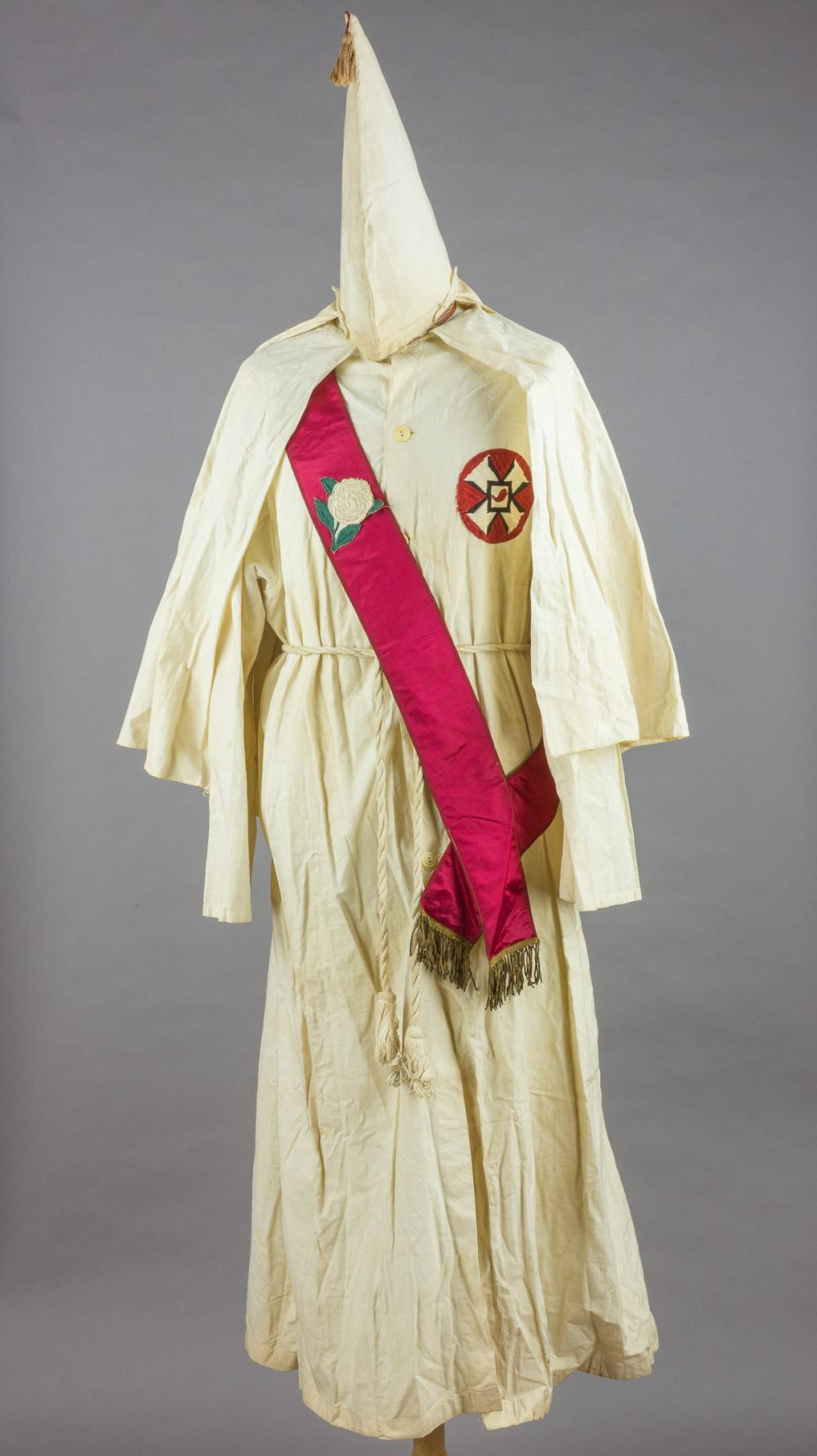 KU KLUX KLAN ROBE, HOOD AND SASH