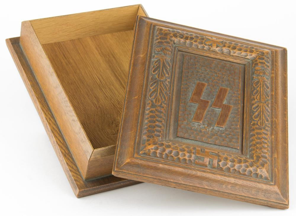 PRESENTATION SS 'MEIN KAMPF' HAND-CARVED BOX