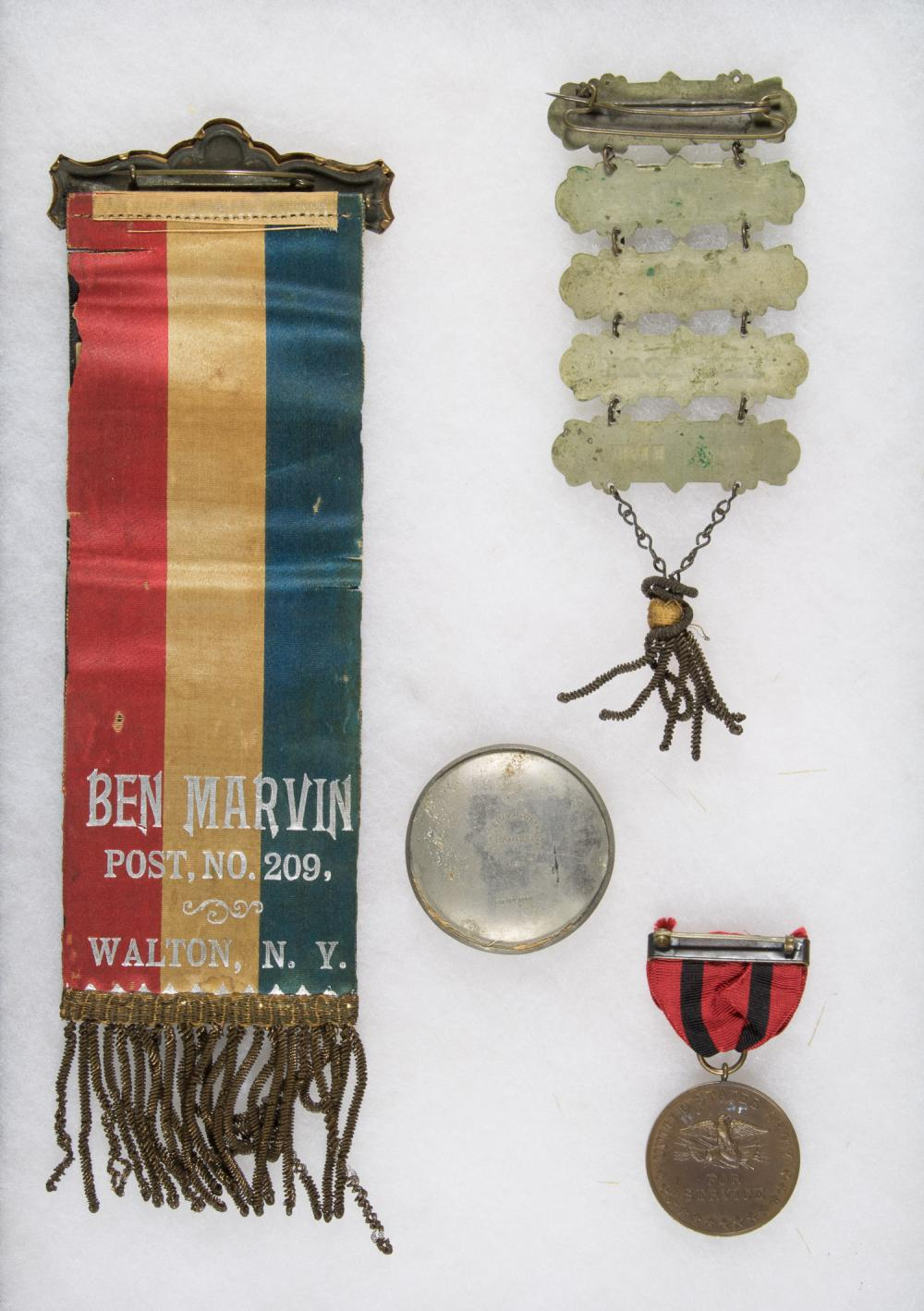 UNION SOLDIER'S LADDER BADGE AND INDIAN WAR MEDAL