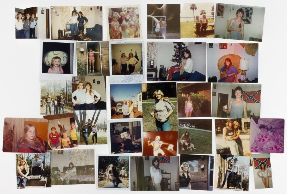 """CHARLES MANSON'S """"DAUGHTER"""" PHOTO GROUPING"""