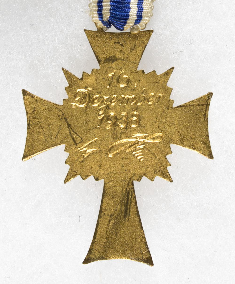 MOTHER'S CROSS IN GOLD