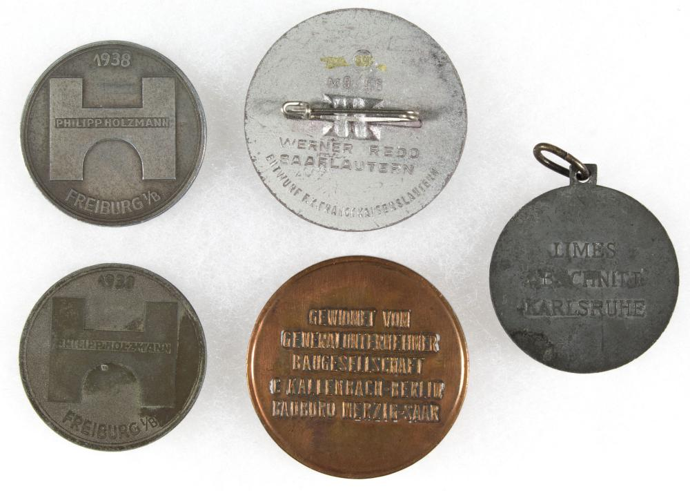 WESTWALL CONSTRUCTION MEDALLIONS (4)
