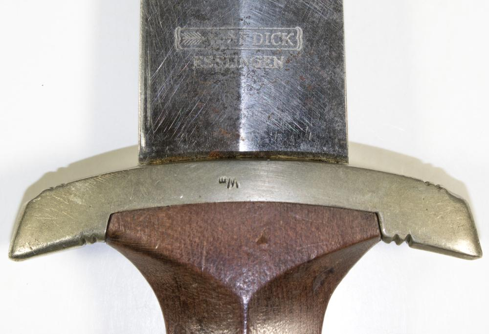 EARLY S.A. DAGGER WITH SCABBARD