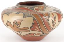 Lois Medina | Zia Pottery, Bird Design