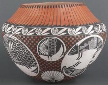 Emil Chino | Acoma Pot Geometric Design