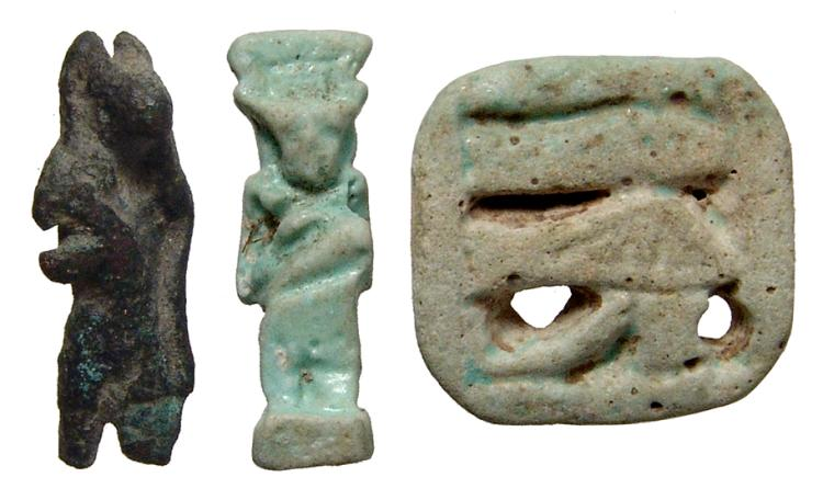 A lot of 3 Egyptian bronze and faience items