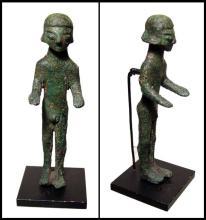 Italic bronze nude male figure, c.7th Century BC