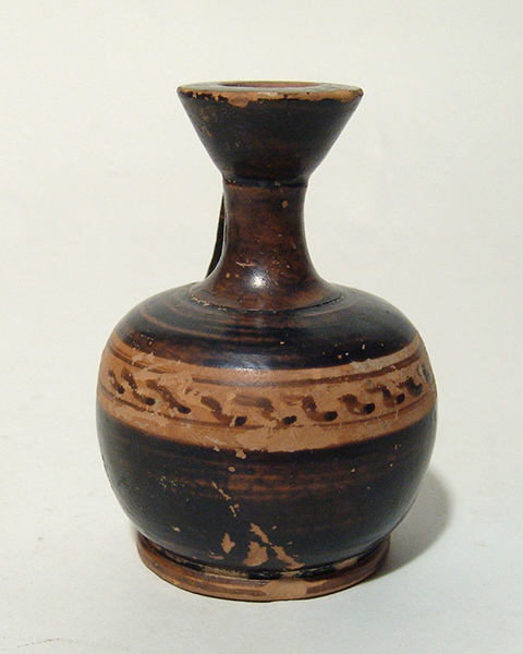 Greek black-figure lekythos, Magnia Graecia