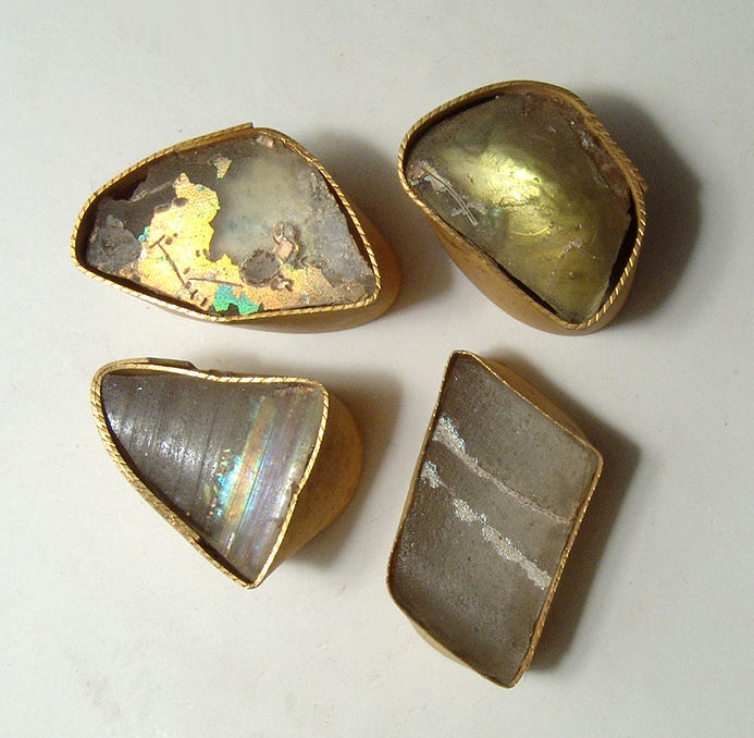 Roman glass fragments preserved in cardboard wrappings