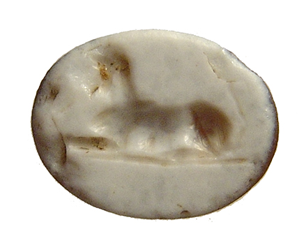 Roman sardonyx ring stone depicting a Sphinx