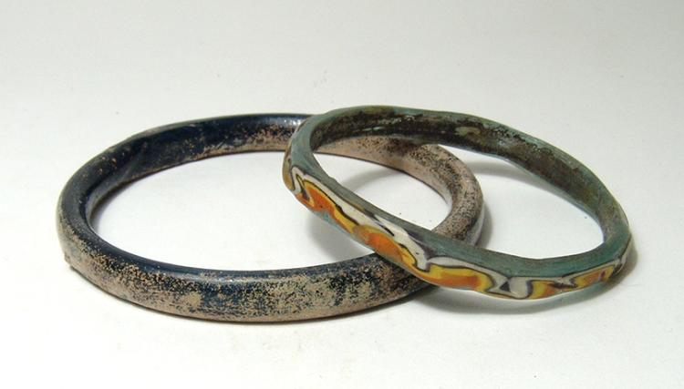 A pair of ancient glass bracelets, Holy Land