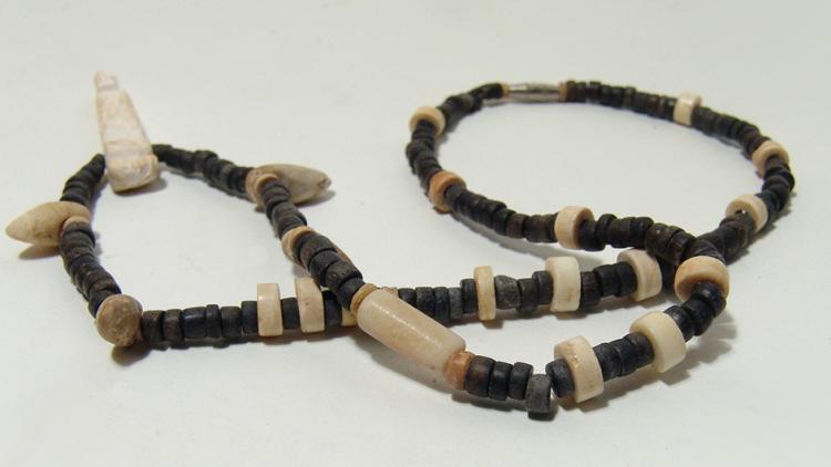Nice Tairona-Chimela beaded necklace, Colombia