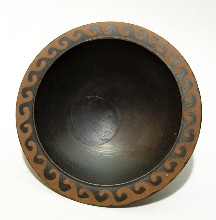 A lovely Greek pedestal bowl, 4th Century BC