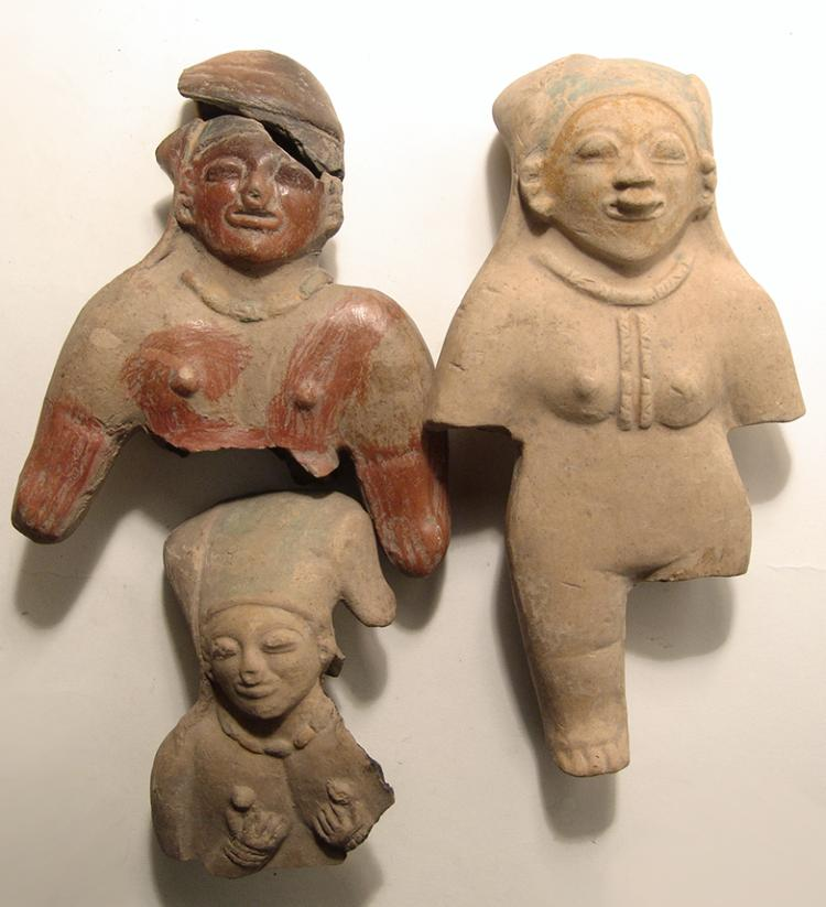 A group of 5 Jamacoaque figures and busts